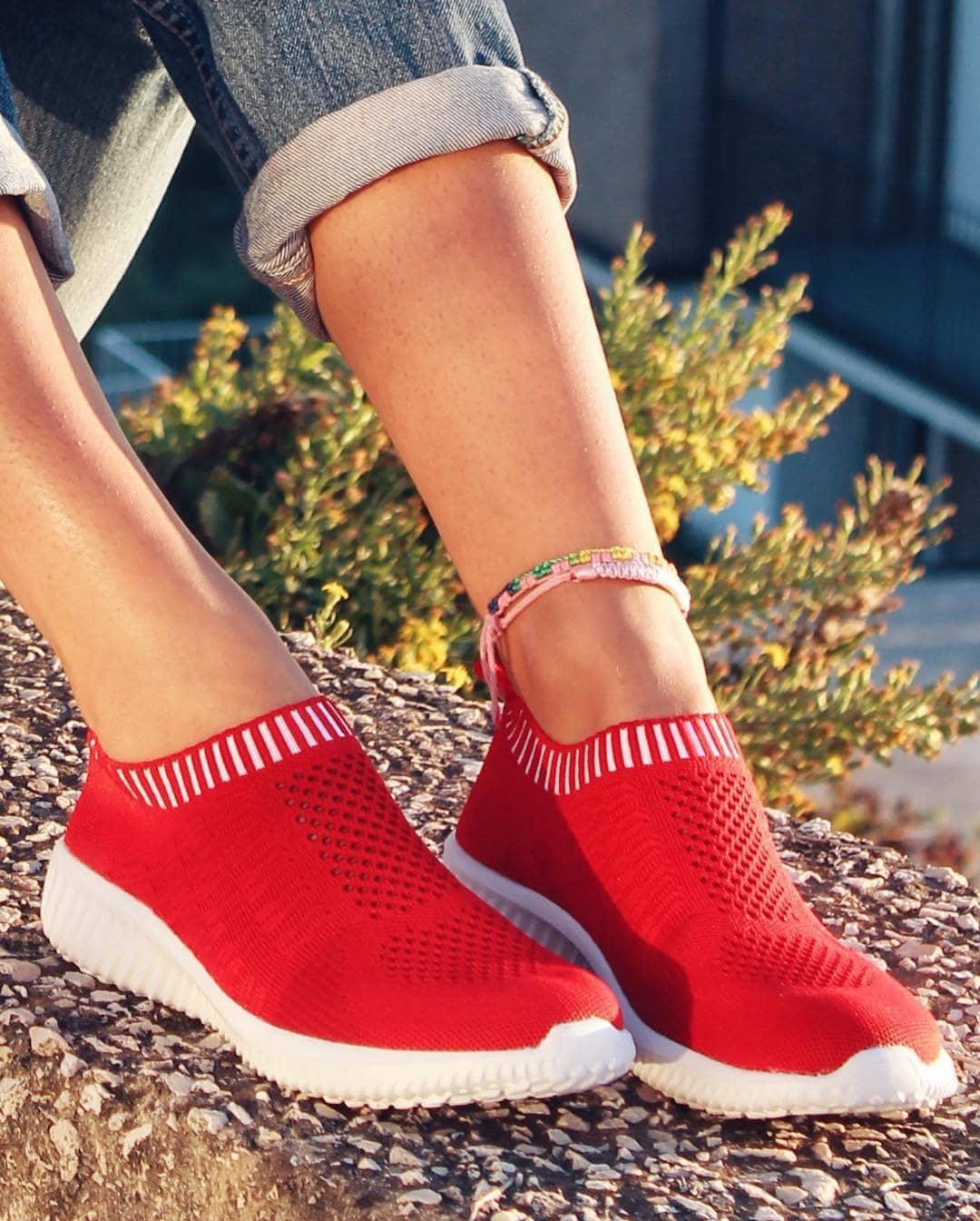 Tiosebon Best Walking Shoes